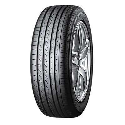 YOKOHAMA BLUEARTH RV02 215 / 50 R 95 V